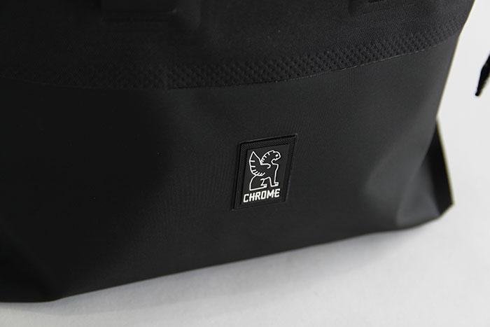 URBAN EX ROLLTOP28 - CHROME (クローム)
