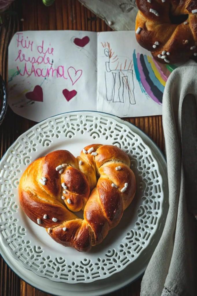 mother's day , homemade gift . brioche dough, sweet bread recipe, muttertagsgeschenk basteln