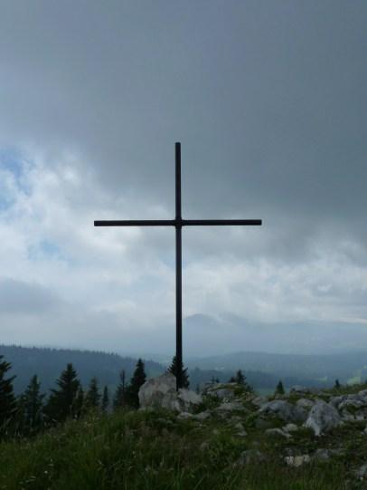 Croix dominant le Creux du Croue - Vaud - Suisse