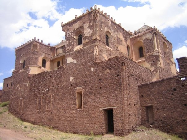 Kasbah el Glaoui, former Pasha of Marrakech – we would never have been able to see this without embarking on a tour