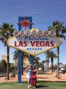 """Katherine and Michelle in Vegas! - """"Five Tips to Help You Plan A Trip to Vegas"""" - Two Traveling Texans"""
