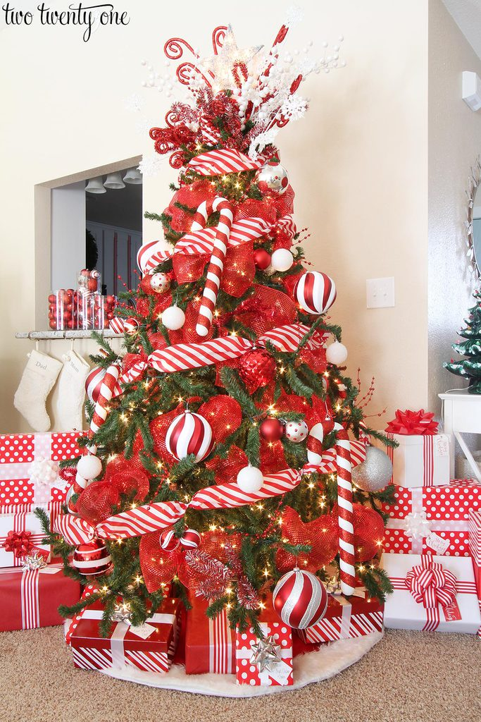 2017 red white christmas tree christmas tree decorating ideas