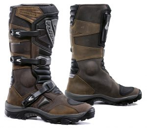 Motorcycle Boots For Tall Riders, Complete Guide To Motorcycle Gear For Tall Riders