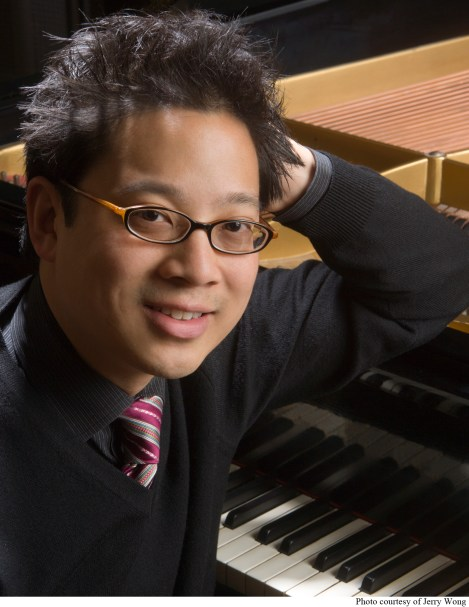 Kent State Associate Music Professor Jerry Wong will perform an upcoming recital on Denton campus.
