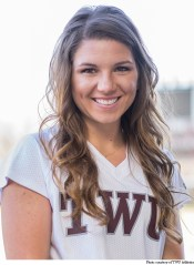 Junior Hailey Dixon
