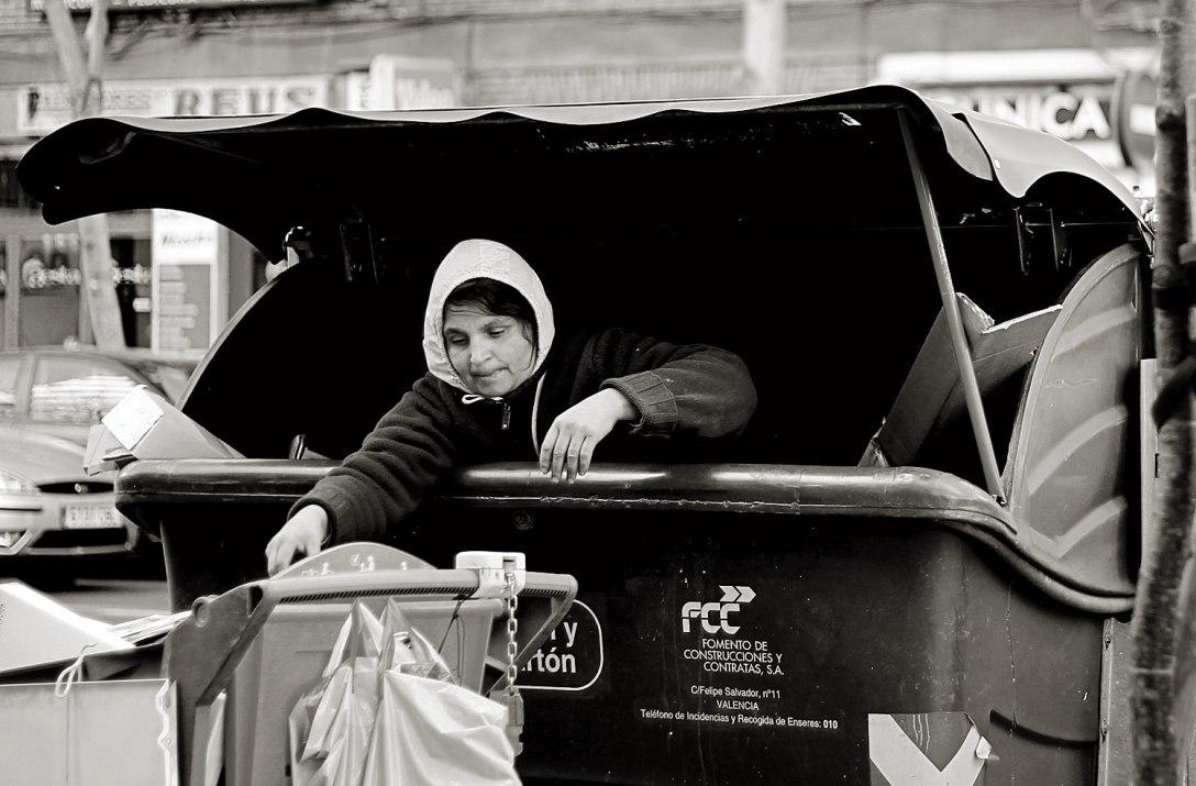 La mujer del contenedor