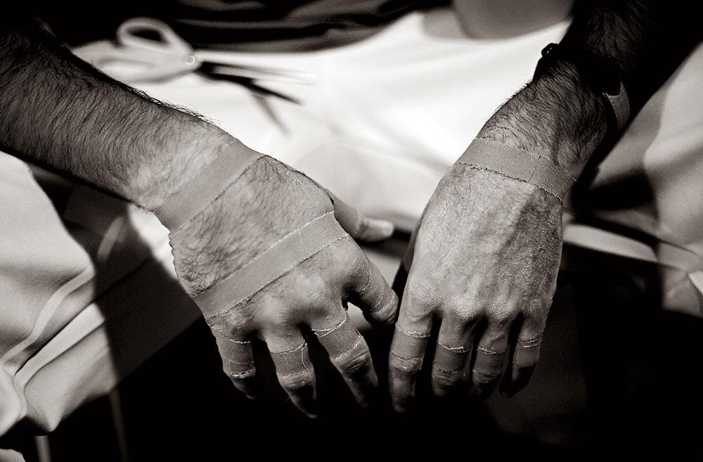Las manos de Álvaro de Massalfassar.