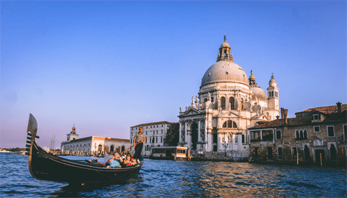 communicate in Italian language and to travel with ease