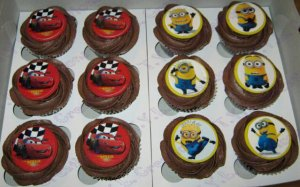 cupcakes-feathers-online-cars-minions