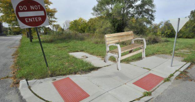 Urban Frontier Bench