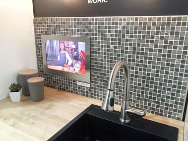 Séura kitchen TV, CEDIA 2015