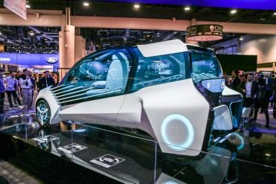 Toyota FCV Plus concept car CES 2016