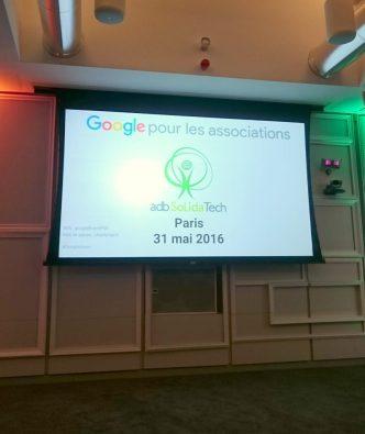 Google pour les Association AdbSolidaTech Paris le 31 mai 2016, photo de l'écran de projection au début de la scéance Association TyoStory et l'événement #GoogleAsso