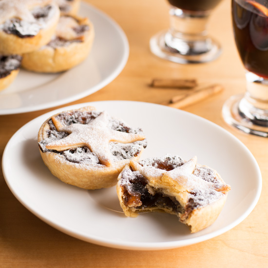 holly-cooks-mince-pies-eaten-into-550-v2