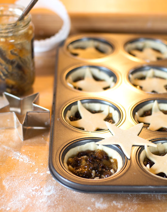 holly-cooks-mince-pies-raw-pies700