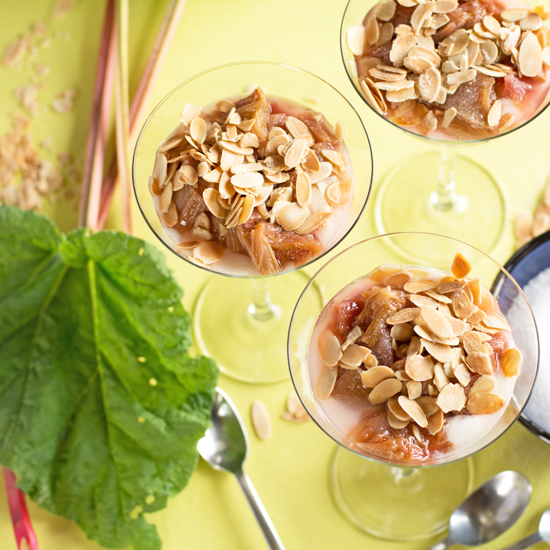 Holly-Cooks-rhubarb-almonds-and-yoghurt-overview-FG