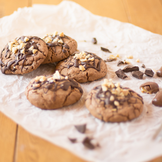 Holly-Cooks-Peanut-chocolate-and-caramel-cookies-on-baking-paper-portraitFG2