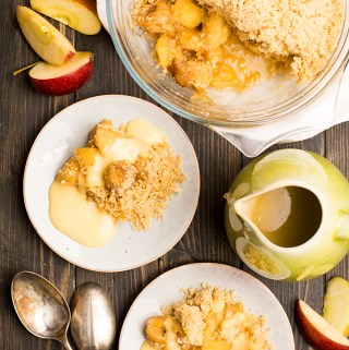 The perfect crumble. 10 tips to make the best plus my favourite – caramelised apple and banana crumble
