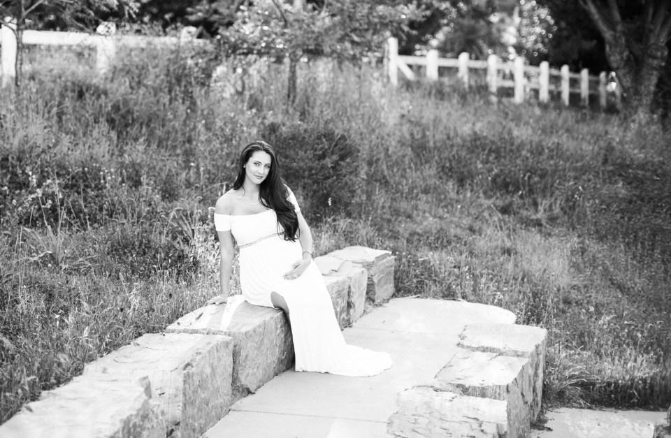 Ashley_Ronnie_Maternity_Pictures_Alviso_Adobe_Park-1