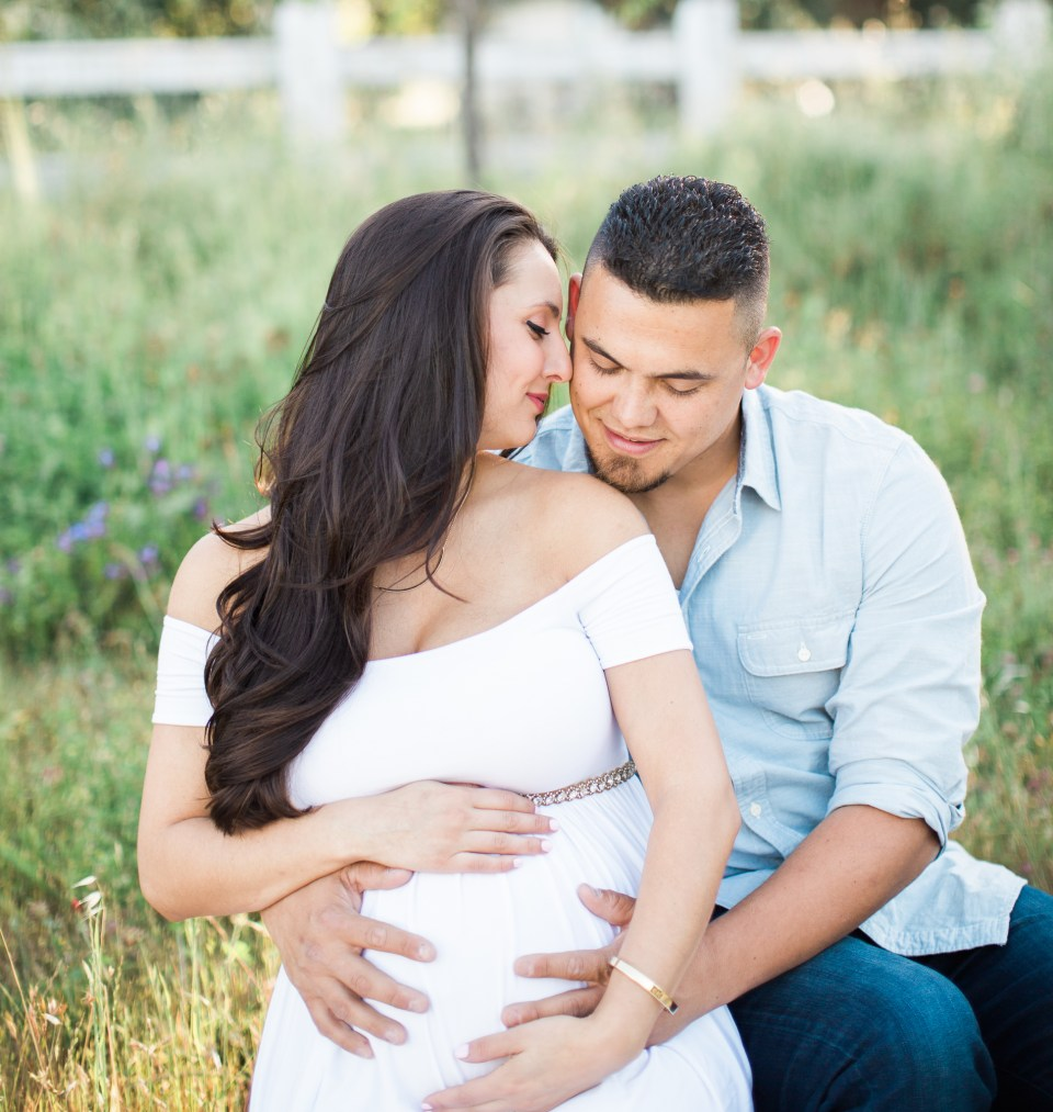 Ashley_Ronnie_Maternity_Pictures_Alviso_Adobe_Park-3