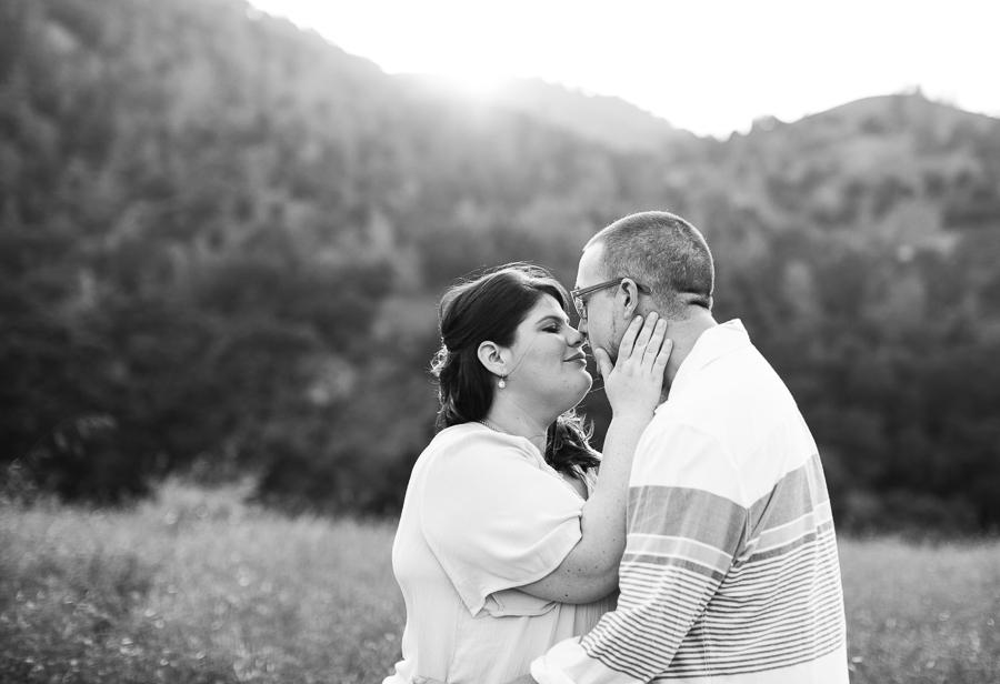 Mackenzie_Ryan_Sunol_CA_Engagement_Pictures-16