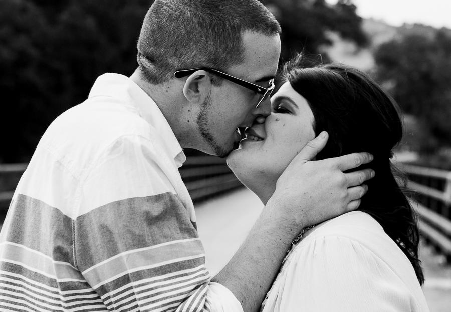 Mackenzie_Ryan_Sunol_CA_Engagement_Pictures-33
