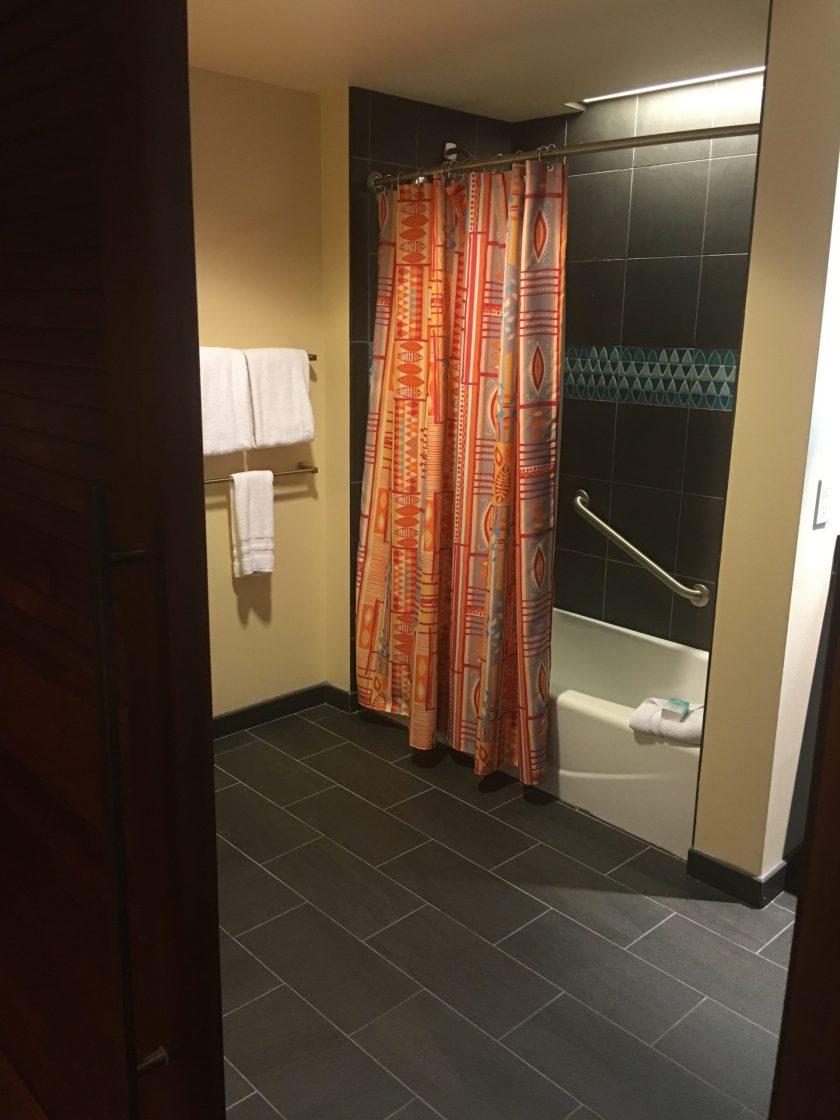 Disney Vacation Club Studio at the Polynesian Village Resort DVC studio Bathroom 2 tub at Pago Pago