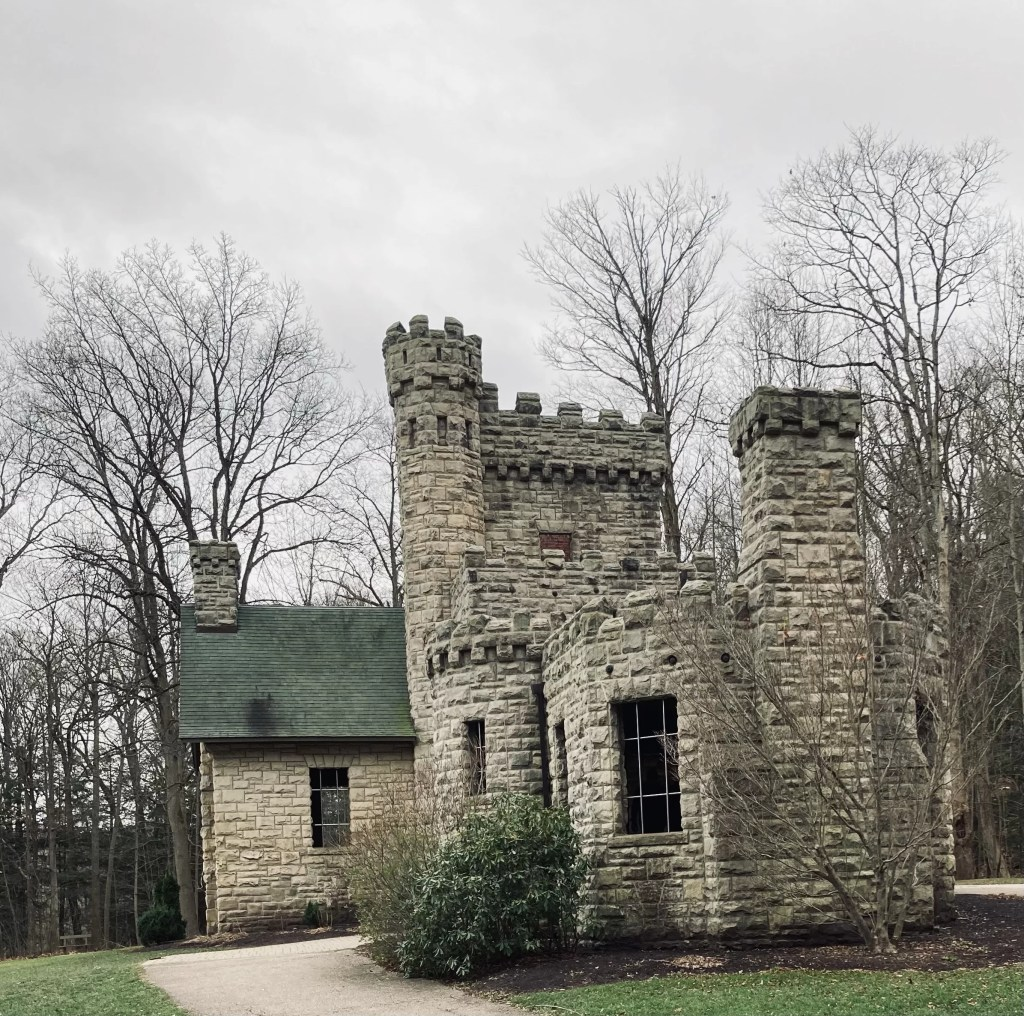 A view of Squire's Castle exterior toward's the library or hunting room