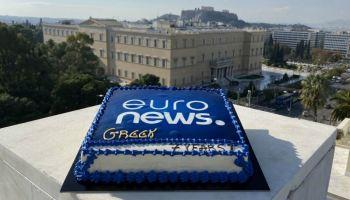 Δηλώσεις των υπουργών στο Euronews Greece, στο οποίο η ΝΔ δεν επέτρεψε να εκπέμψει επίγεια