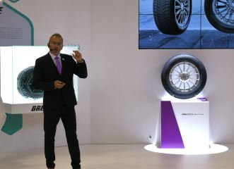 Ralf Flachbarth points out the salient features of Nexen's new UHP tyre