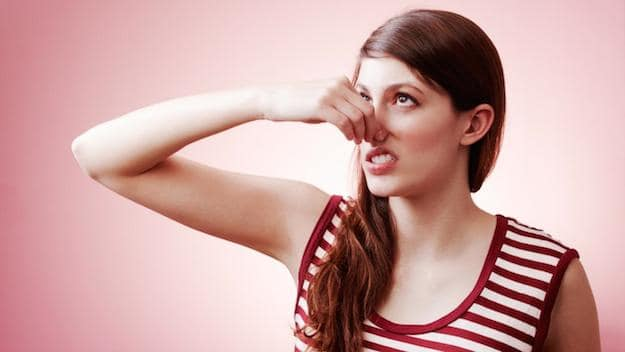 رائحة المهبل الكريهة أسبابها وطرق طبيعية للتخلص منها