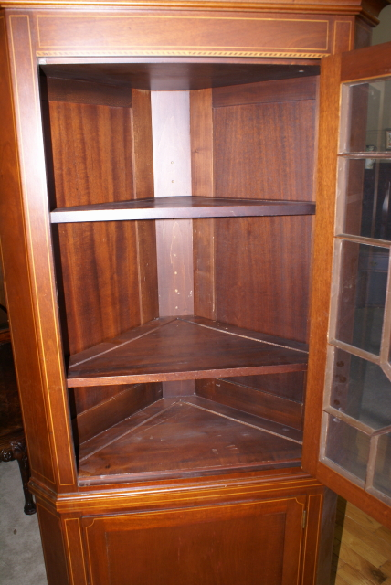 Pair Of Biggs Furniture Solid Mahogany Inlaid Tall Corner Cabinet
