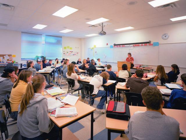 1. Dues formes de gestionar l'aula