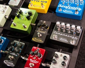 Guitar Effects 101: Choosing the Right Pedalboard Order