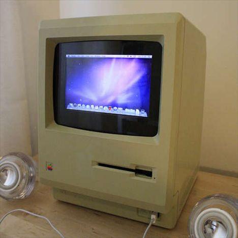 1984 Macintosh Runs OS X Snow Leopard