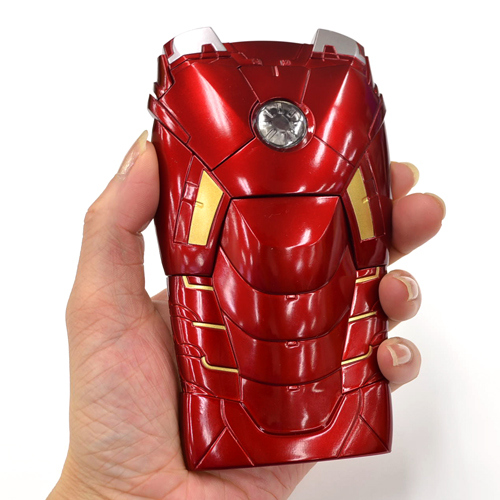 100% authentic bc8b5 bcb9f Iron Man Mark VII Armor Case For iPhone 5 Features A Flashing Power Core