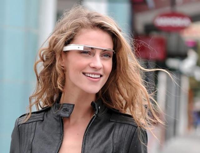 google-glasses-kicked