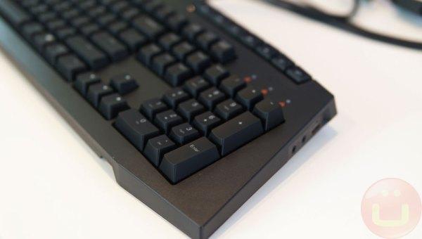 Lenovo Legion Y920T Review | Ubergizmo