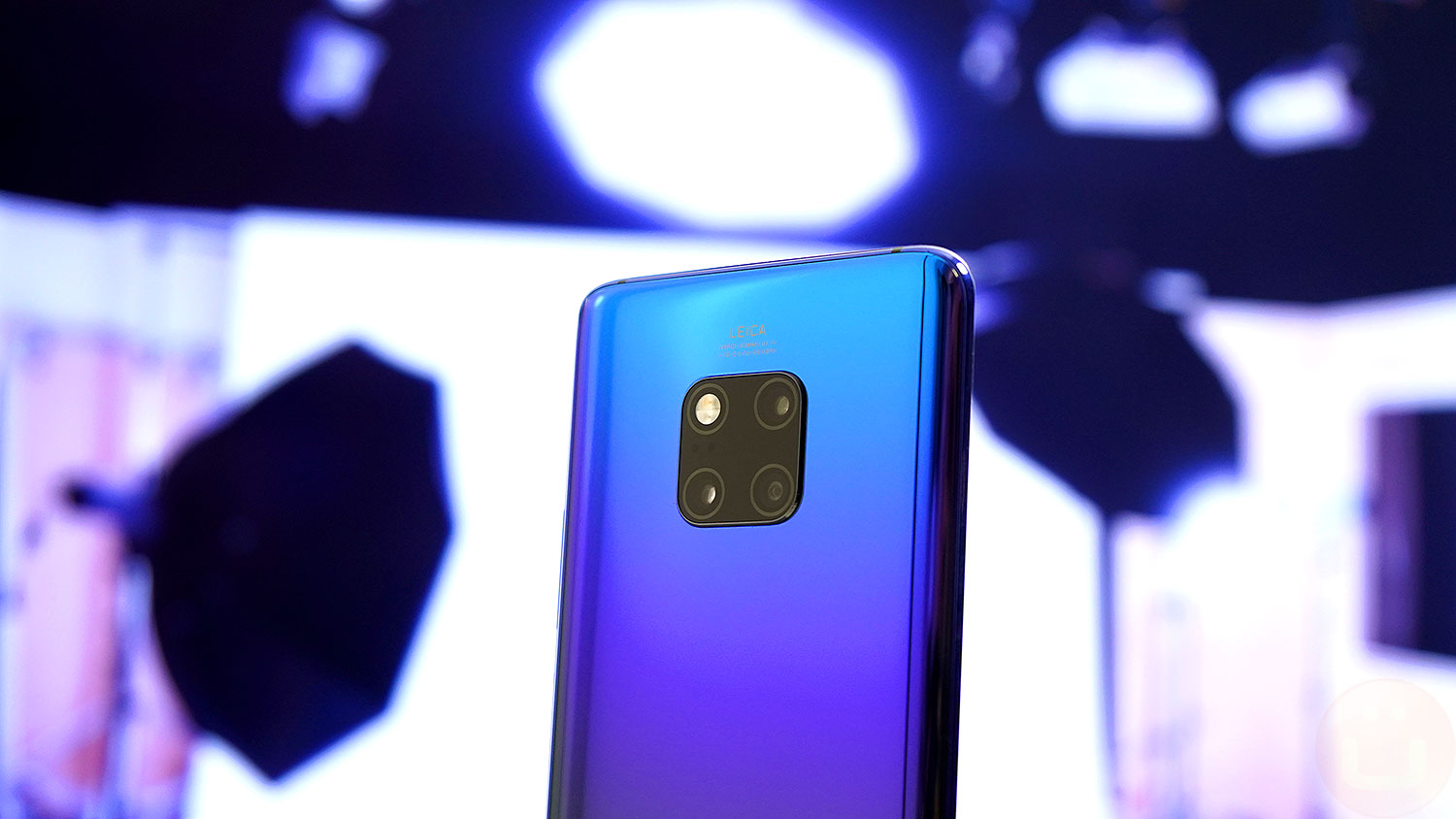Huawei Mate 20 Pro Camera Review | Ubergizmo