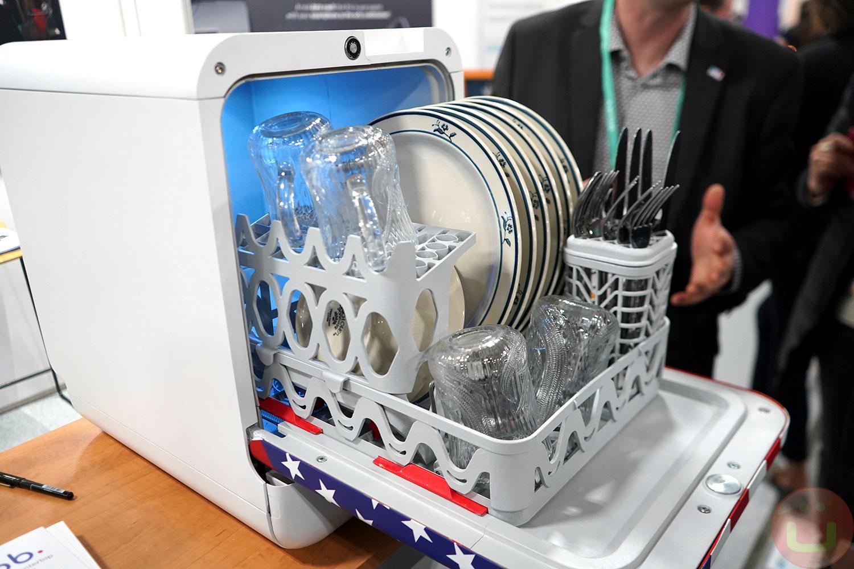 Bob, World\'s Smallest, Lightest & Fastest Dishwasher Made of ...
