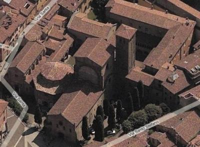 Bologna-Santo-Stefano-veduta-aerea