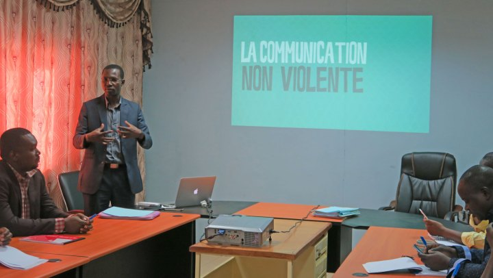 Communication Non Violente : le PAE/JF initie son personnel à une communication positive