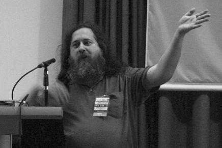 Todos contra Stallman
