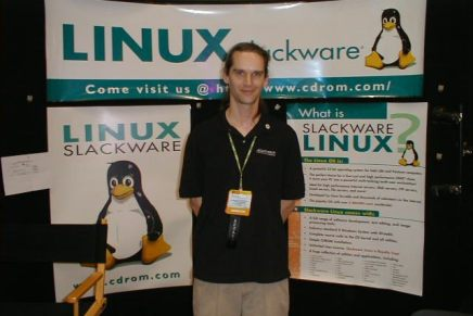 El fundador de Slackware pasa-pasaba por problemas económicos