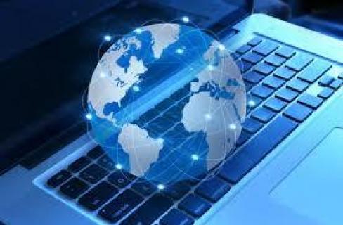 لجنة المرأة بحثت في استغلال الاطفال عبر المواقع الالكترونية