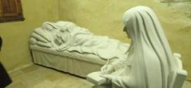 كنيسة سيدة لبنان في ايستن الاميركية استقبلت ذخائر القديسة رفقا