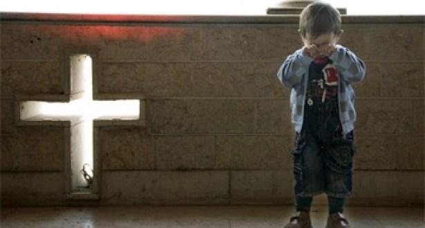 مسيحيون ولاجئون من سوريا والشرق الأوسط يكتبون درب الصليب (2)