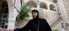 مفاوضات شاقة أعادت راهبات معلولا إلى الحرية الفدية 4 ملايين دولار وإطلاق 150 معتقلة في سجون النظام