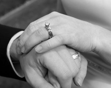 رعية مار جرجس الخريبة في الحدت احتفلت باليوبيل الفضي للمتزوجين من ابنائها