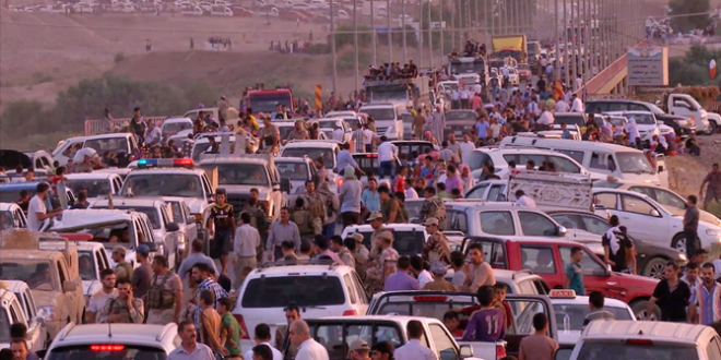 أنباء عن نزوح أكثر من 14 ألف عراقي إلى سورية منذ انطلاق عملية استعادة الموصل